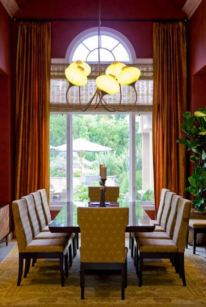 The dining room is a blend of classic & contemporary style with an Indian influence.